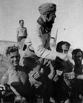 G�tz being carried off after a victorious mission